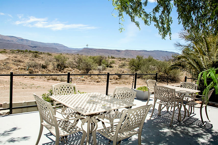 Cape Karoo Guesthouse Beaufort West - Overnight Accommodation